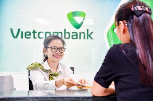 Vietcombank giảm đồng loạt lãi suất tiền vay