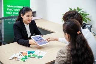 Vietcombank và FWD triển khai hợp tác độc quyền  phân phối bảo hiểm qua ngân hàng
