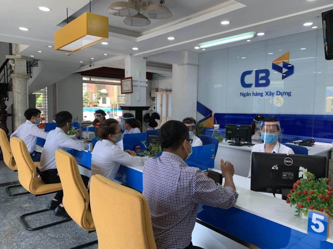 """CB giúp khách hàng giải tỏa nỗi lo """"giãn cách"""" kế hoạch tài chính"""