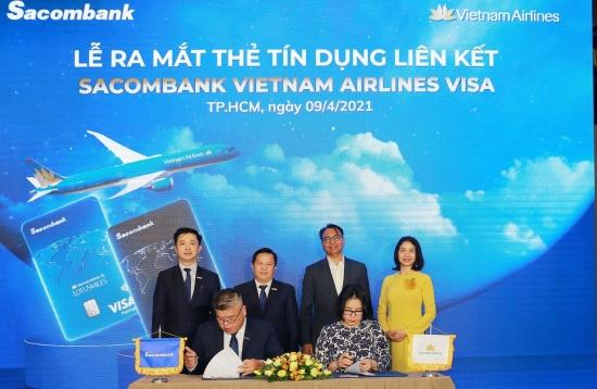 Sacombank hợp tác với Vietnam Airlines ra mắt thẻ tín dụng quốc tế đẳng cấp