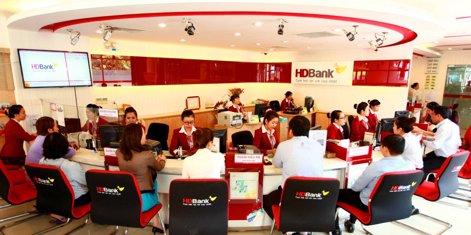 HDBank - ngân hàng đầu tiên của Việt Nam triển khai tài trợ thương mại trên nền tảng blockchain