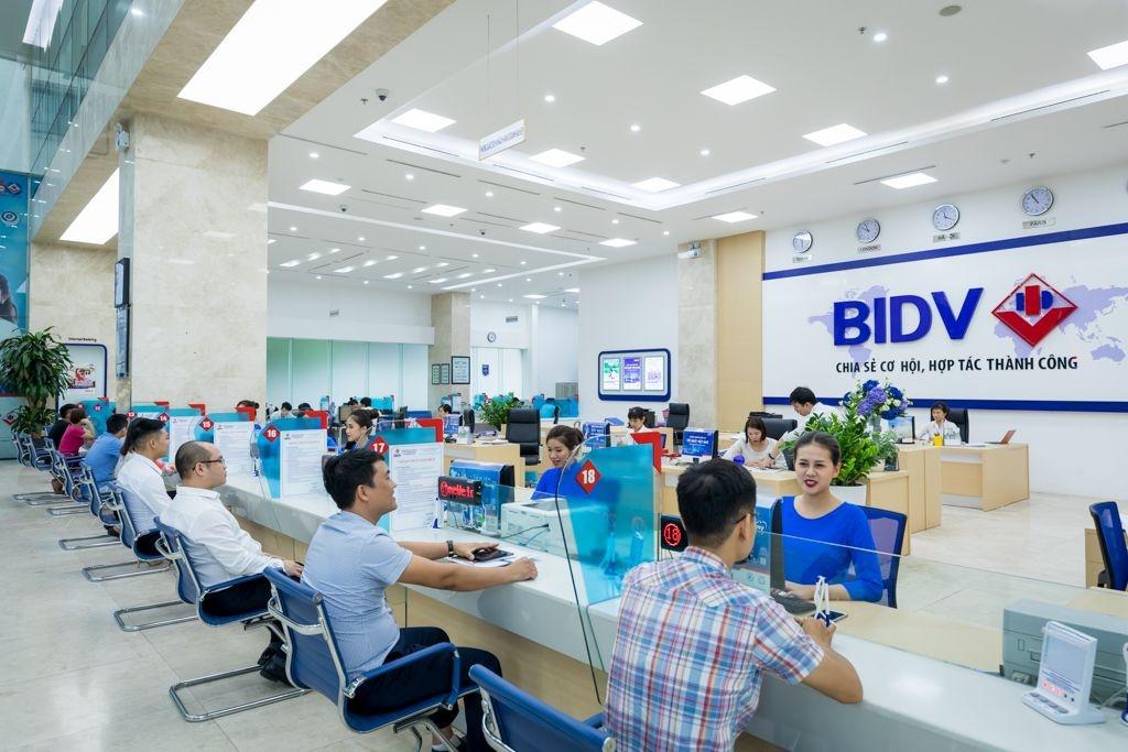 Tìm hiểu về việc chuyển khoản tại ngân hàng BIDV và Vietcombank