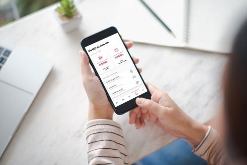 Dùng ứng dụng Home Credit trúng vàng ròng