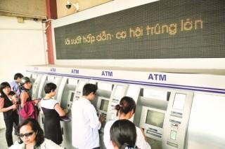 Cần một cơ chế chia sẻ phí dịch vụ thẻ phù hợp
