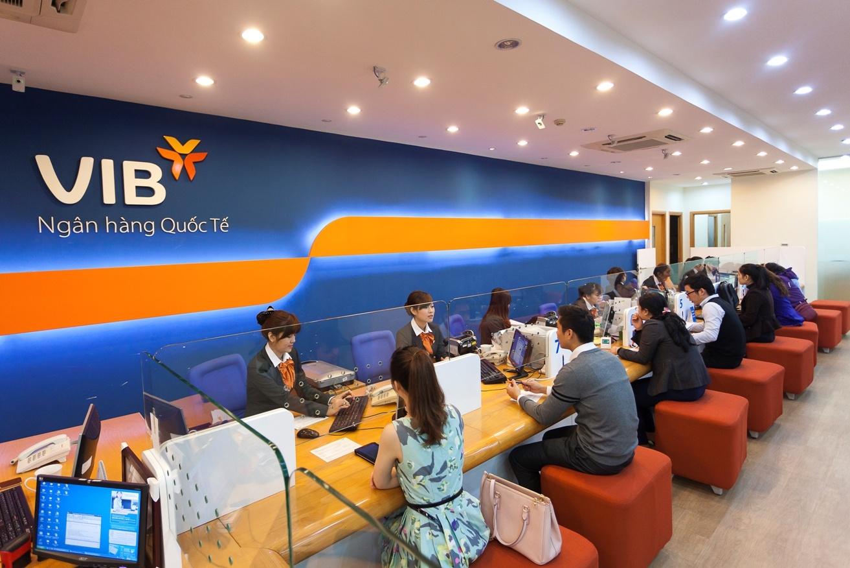 vib kinh doanh on dinh don nguon luc ho tro cong dong va khach hang ung pho covid 19