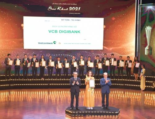 vcb digibank duoc vinh danh tai le trao giai thuong sao khue 2021
