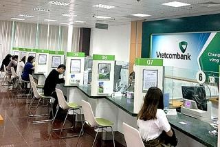 Vietcombank tuyển dụng cán bộ