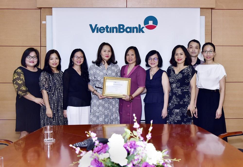 vietinbank nhan giai ngan hang phat hanh tot nhat khu vuc dong a va thai binh duong nam 2019