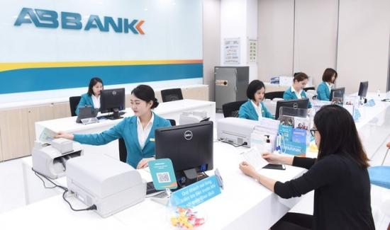 Ngân hàng chuyển dịch ưu đãi sang kênh thanh toán trực tuyến
