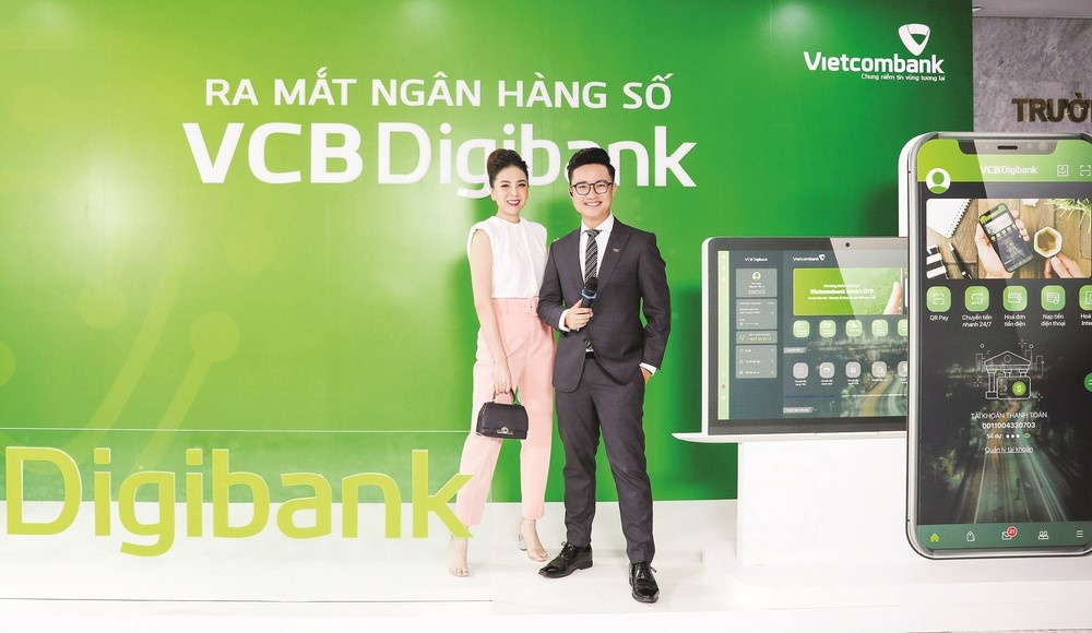 ra mat dich vu ngan hang so vcb digibank