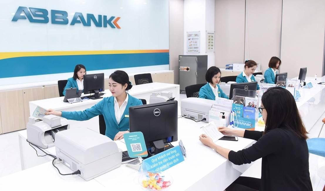 ABBANK tăng thu từ dịch vụ