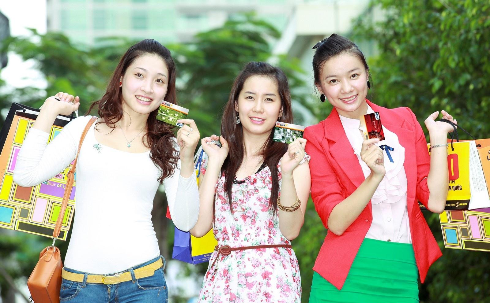 mo the tin dung online tich tac nhan uu dai