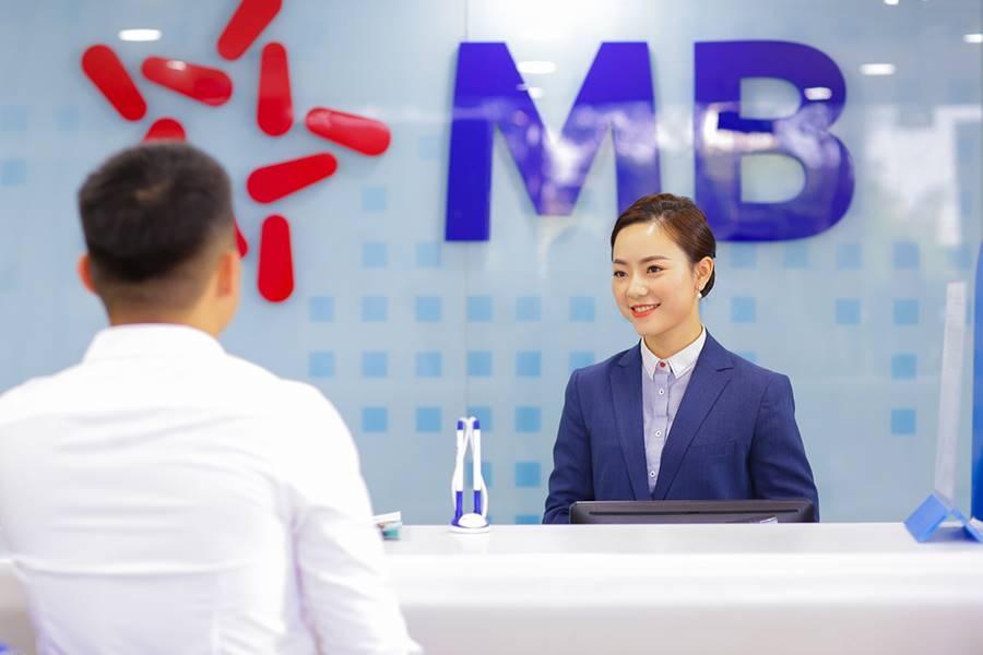 mb nhan giai thuong cua the asian banker